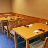 テーブル席【4名様×2】