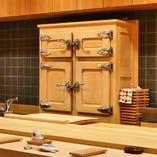 檜の冷蔵庫