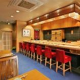 カウンター席、テーブル席、個室と用途に応じて便利にご利用頂けます。