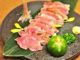 石垣黒鶏ムネ肉わら炙りタタキ【石垣島産】