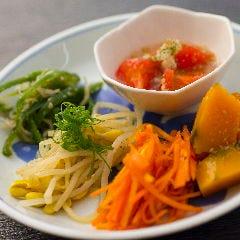 人気No4『季節野菜5種ナムル』~旬のお野菜を堪能~