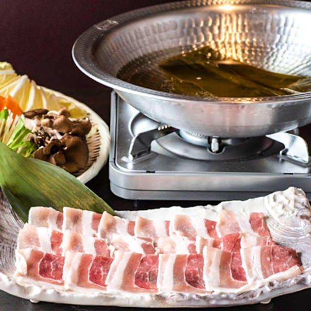 【定番コース】水炊きor黒豚しゃぶしゃぶ含む プレモル付2H飲み放題 全8品 4480円⇒3480円