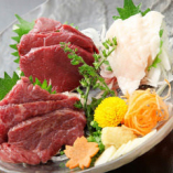 新鮮な馬肉ならではの旨味、食感をご堪能【東京都】
