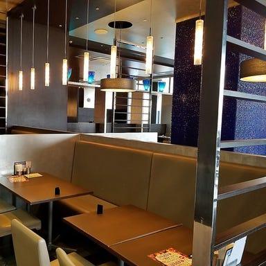 ブッフェレストラン エクスブルー ららぽーと横浜 店内の画像