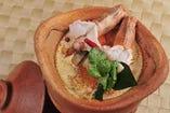 辛さと酸味が絶妙なバランスの絶品トムヤムクン