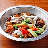 冬にぴったりの韓国鍋!お好きな鍋で身体も温まります。