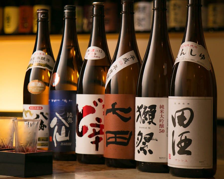 日本酒好きも満足!厳選地酒も各種焼酎も充実の品揃え
