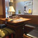 カウンターやテーブル、掘りごたつと、お席も様々ご用意♪