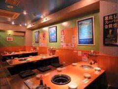 食べ放題 焼肉ホルモン VIVA HOUSE produce by HAKATAYA 店内の画像