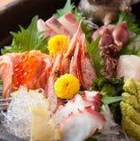 新鮮な魚介が沢山。旬の毎日のおすすめ、美味しいですよ。