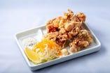 鶏モモの唐揚げ(税込638円)