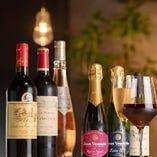 *:世界のワイン:* 豊富な種類のワインを飲み比べることも◎