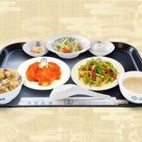 ★白身魚のチリソース+豚肉とピーマンの炒め+ランチ炒飯★
