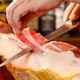 スペイン産イベリコ生ハムと パルマ産プロシュートをご用意