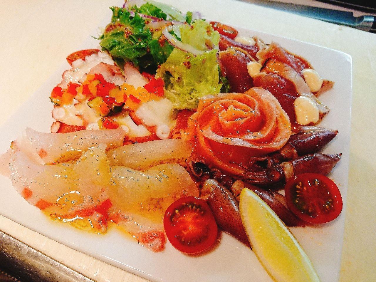 新鮮魚介の本日のカルパッチョ