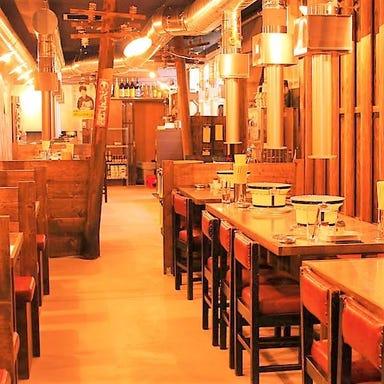 炭火焼肉 昭和大衆ホルモン 京橋北店 店内の画像