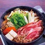 宴会御予約は鍋肉食べ放題500円サービス中(3月末日まで)