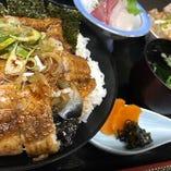志布志といえばやっぱり鰻!UNA丼、ランチで提供しております☆