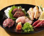 お刺身でも、お召し上がりいただける、鮮度の高い鶏肉を使用