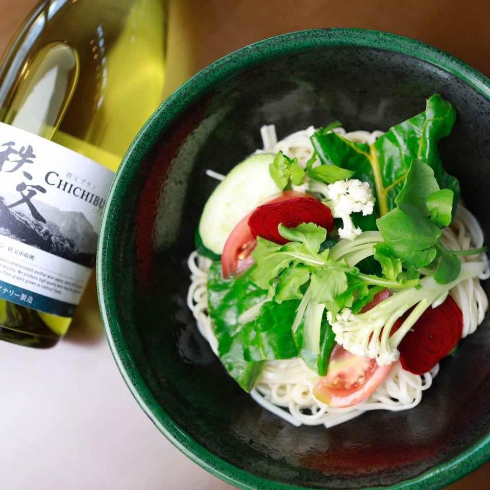 秩父野菜と埼玉のヨーロッパ野菜をバーニャカウダ風味のうどんで