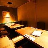 【雪の間】接待、小宴会向きの静かなお席です。最大12名様まで可能です。