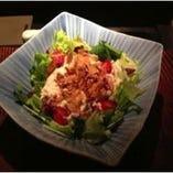 生湯葉とおぼろ豆腐のサラダ