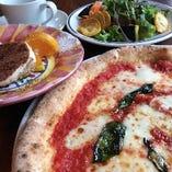 ピッツァ、パスタお好みチョイスで楽しいランチ会を!