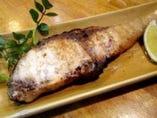 魚介は焼き物から刺身など豊富!その日のオススメもご用意!!
