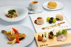 西武 旅するレストラン 「52席の至福」