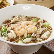 季節メニュー 4種のきのこタン麺
