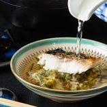 お食事の〆は、香ばしい焼き鯖飯にさっぱり出汁をかけてどうぞ!