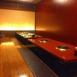 掘りごたつ個室(~20名様×4) つなげれば最大100名様のご宴会も可能です。