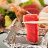 鹿児島産黒毛和牛や新潟産の鮮魚など厳選食材使用の逸品に舌鼓。
