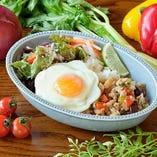 【NEW】豆なガパオプレート~目玉焼き添え~