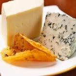 <手作りチーズ>