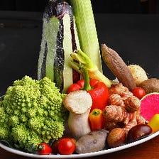 新鮮野菜や活あわびなど厳選食材多数