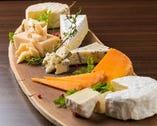 特選チーズ盛り合わせ