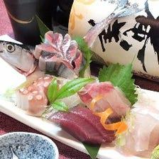毎朝市場から直送する鮮魚!