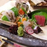 市場から直送される鮮魚のお造り♪コースでもご提供!!