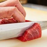 【豊洲直送の鮮魚】 鮮度抜群の魚を使ったシーフード料理が自慢