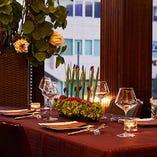 【2階】テーブル席:4名様×6卓