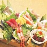 とも吉ならではの旬の食材を存分に使用した豪快かつ贅沢な逸品!