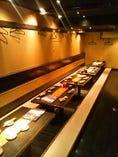 最大40名様の貸切空間!!6つの広々テーブルはすだれで区切れば6名様単位でご利用可♪