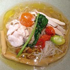 西洋料理・麺 ヌイユ