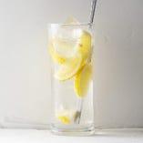 フレッシュなレモンを使用した「レモンサワー」【愛知県】