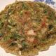 牡蠣の中華お好み焼き。牡蠣の香りがもの凄い勢いで漂います。