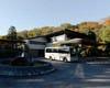深大寺近くにある水神苑 駐車場20台 専用マイクロバス有