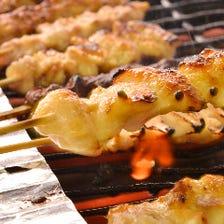 串焼や旬素材を生かした料理が自慢