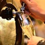 千日前店限定! 樽生スパークリングワインも好評です