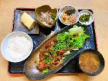 鶏の味噌コチジャン炒め定食